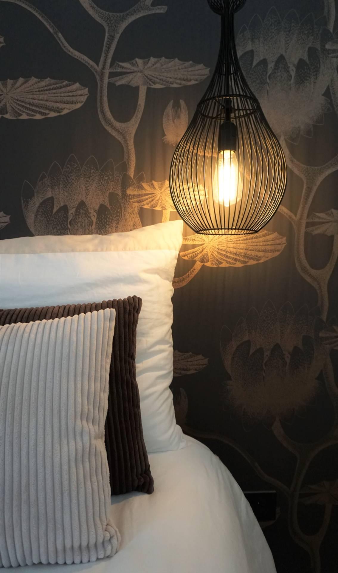 Chambre à coucher, Entre Modernité et Art Nouveau par Anne Solenn Chérat, Décoratrice UFDI sur Lorient, Vannes, Pontivy.