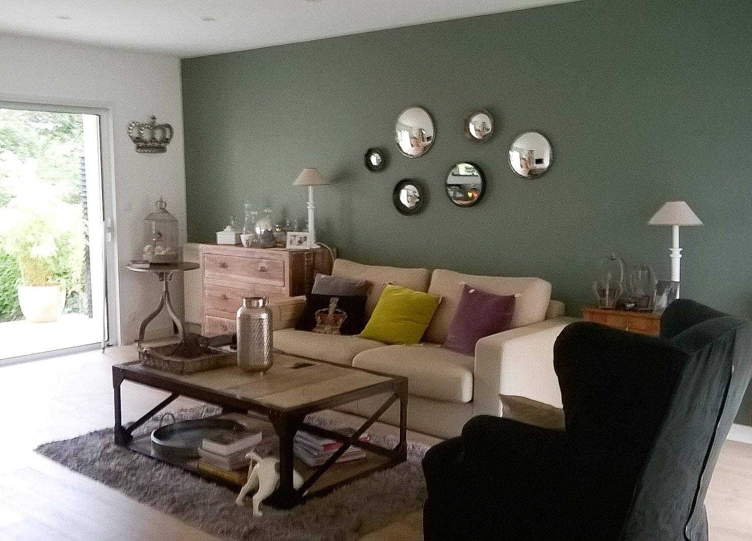 Visite conseil en décoration par Anne Solenn Chérat, Décoratrice UFDI sur Lorient, Vannes, Pontivy : coaching couleur pour une pièce de vie sur Hennebont